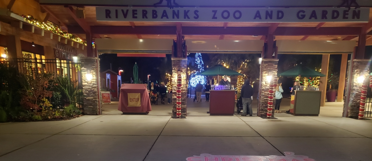 Riverbanks Zoo Light Show